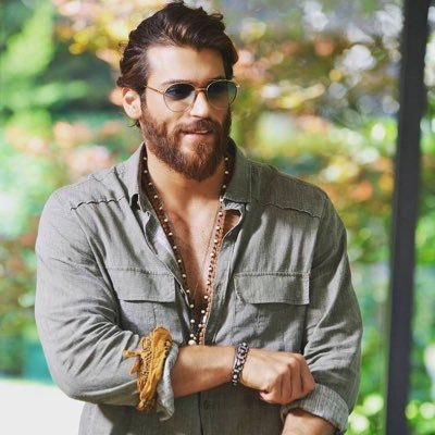 Fans still shocked by Can Yaman's story: They pray not to go