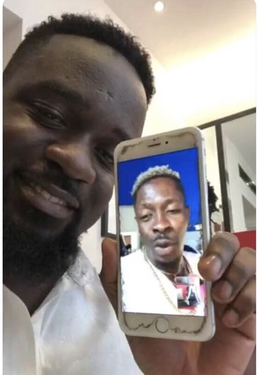 Sarkodie is too chisel, probably broke too