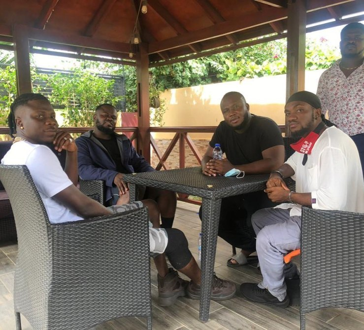 Mr Drew And Kaywa Officially Meets Stonebwoy To Render A Qualified Apology For Soiling His Reputation   (Photos) 2