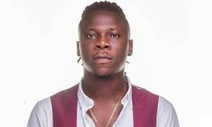 Stonebwoy gives out free hand sanitisers in Ghana | Music In Africa