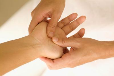 acupressure-treatment