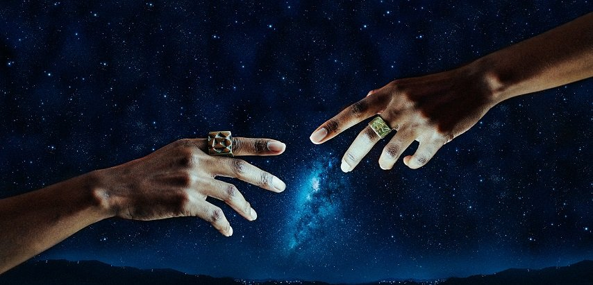 7 Signs That Show You Have A Cosmic Connection With Someone