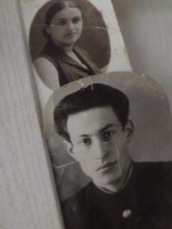 Ефим Ярошевский и мама