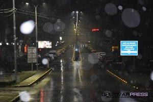 ФОТО ВЕСТ: Полициски час! Гостивар после 21 часот