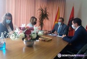 Амбасадорката на Црна Гора во посета на Гостивар – се разгледуваат можностите за поблиска соработка меѓу општините