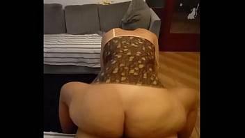Comendo a casada fogosa puta putona safada por um caralho