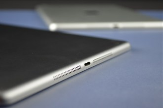 Apple-iPad-5-Space-Grey-76
