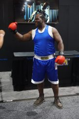 Sporting the full boxer look of Balrog, @dacrazybuffalo is at it again.