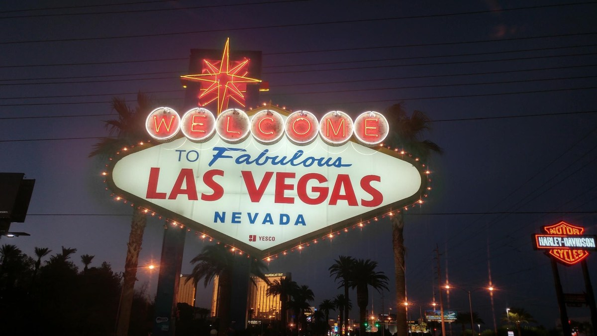 US Road Trip: Las Vegas SIgn