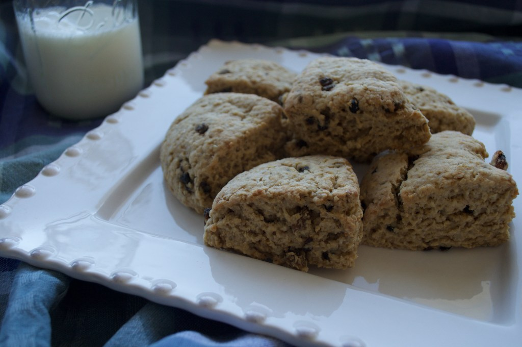 Scones with milk