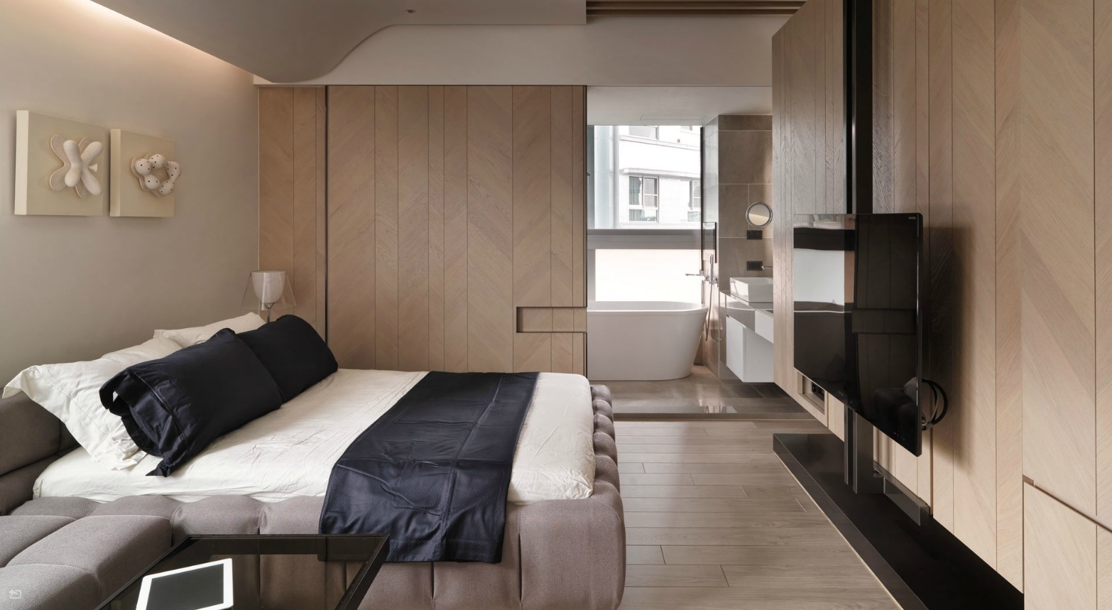 Luxurious Bedroom Apartment With Bathroom Combo 7850