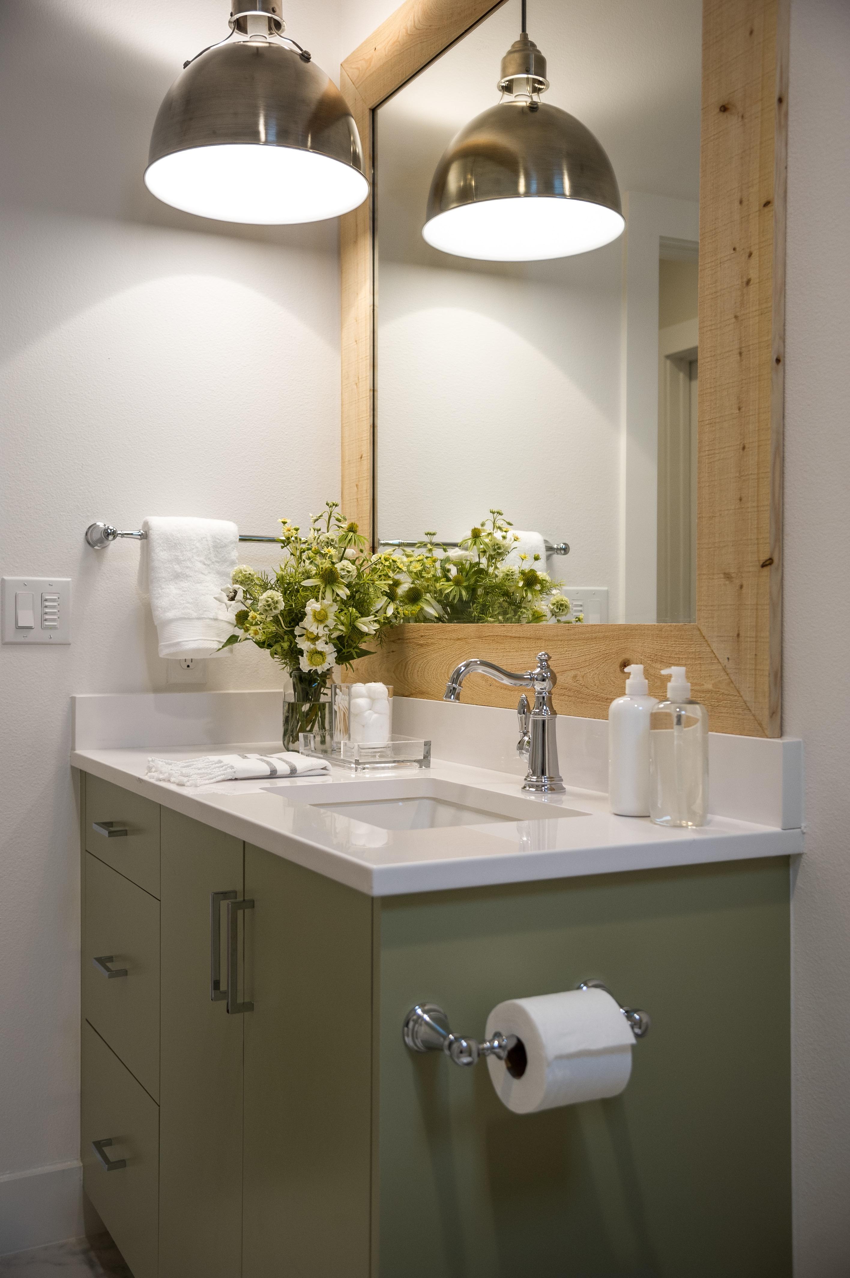 title | Vintage Bathroom Lighting Ideas