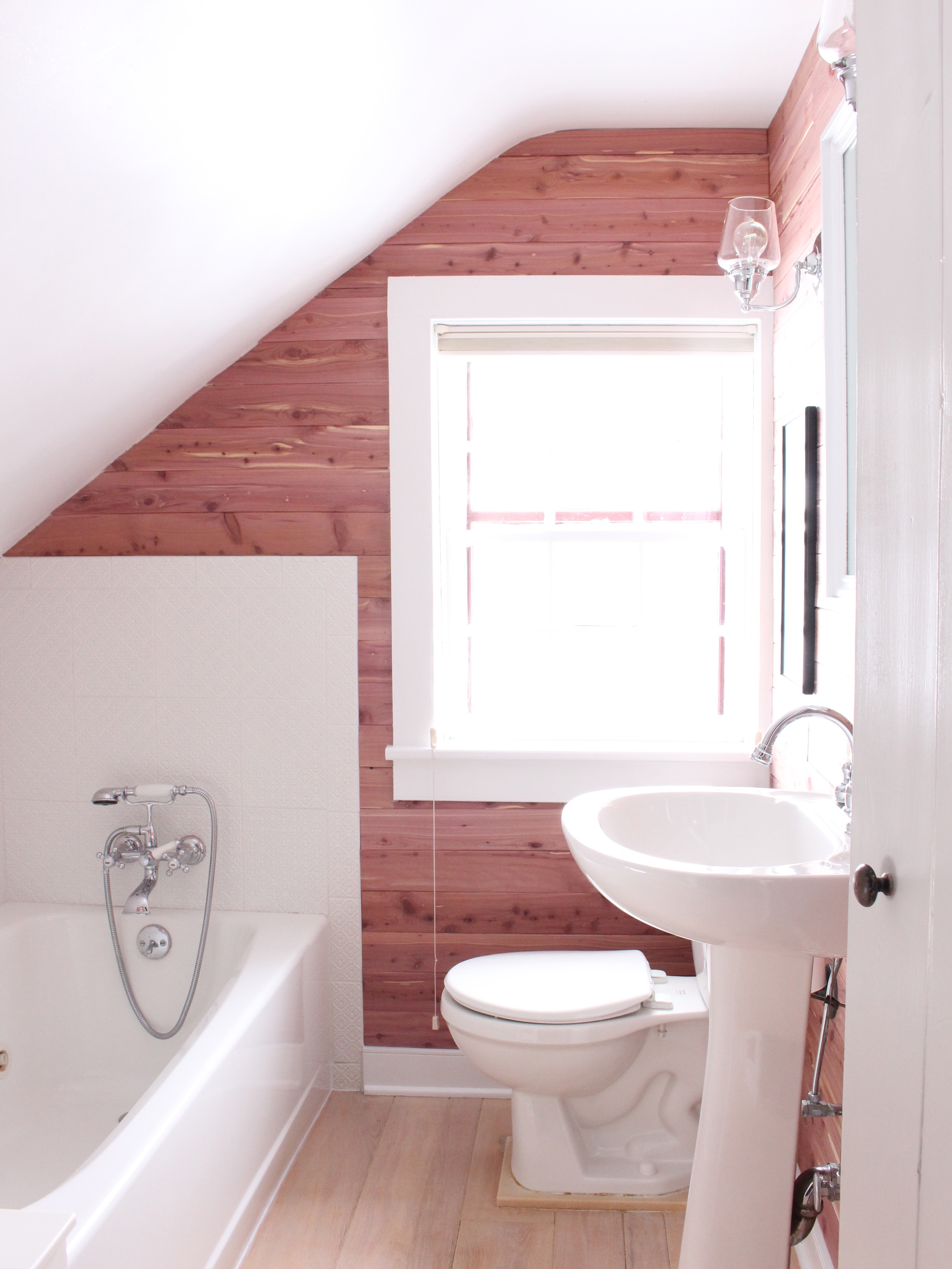 Small Bathroom Remodel With Fabulous Style 17566