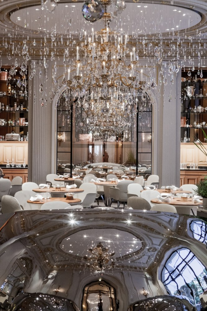Alain Ducasse Au Plaza Athne Jouin Manku Design Studio With Regard To Restaurant Chandeliers Image
