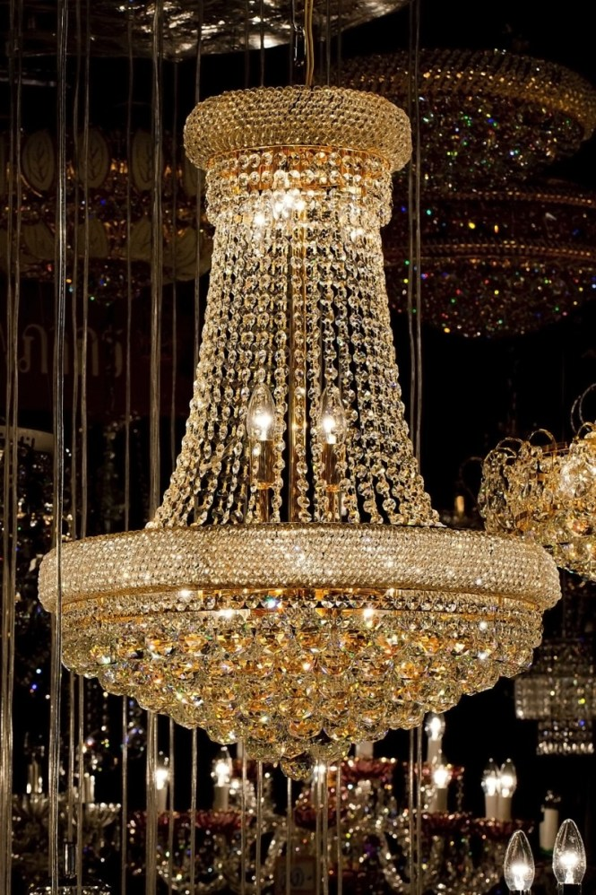 High End Chandeliers And Unique Crystal Regarding Giant Image 9 Of 15
