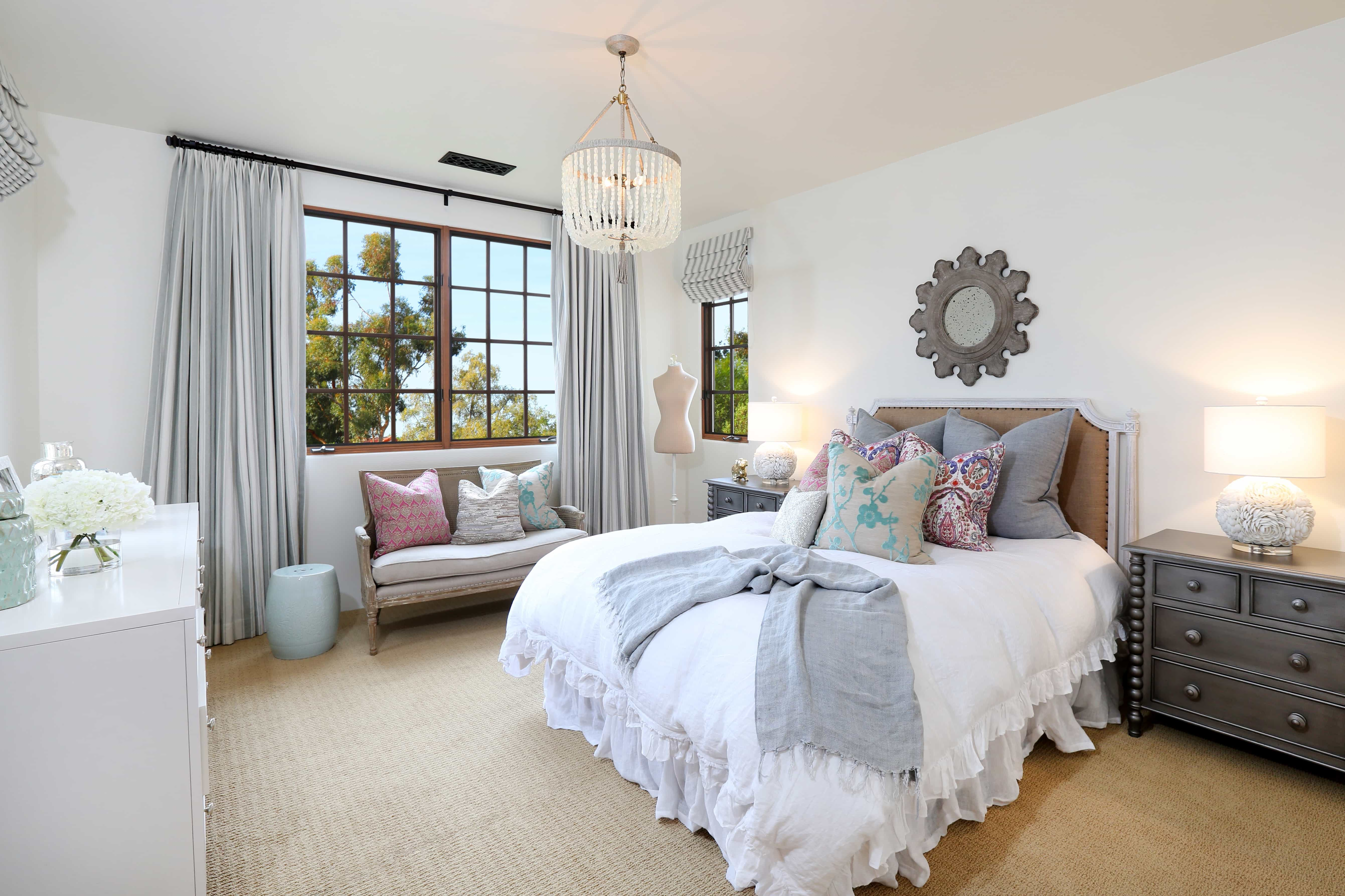 How To Decorate A Shabby Chic Bedroom