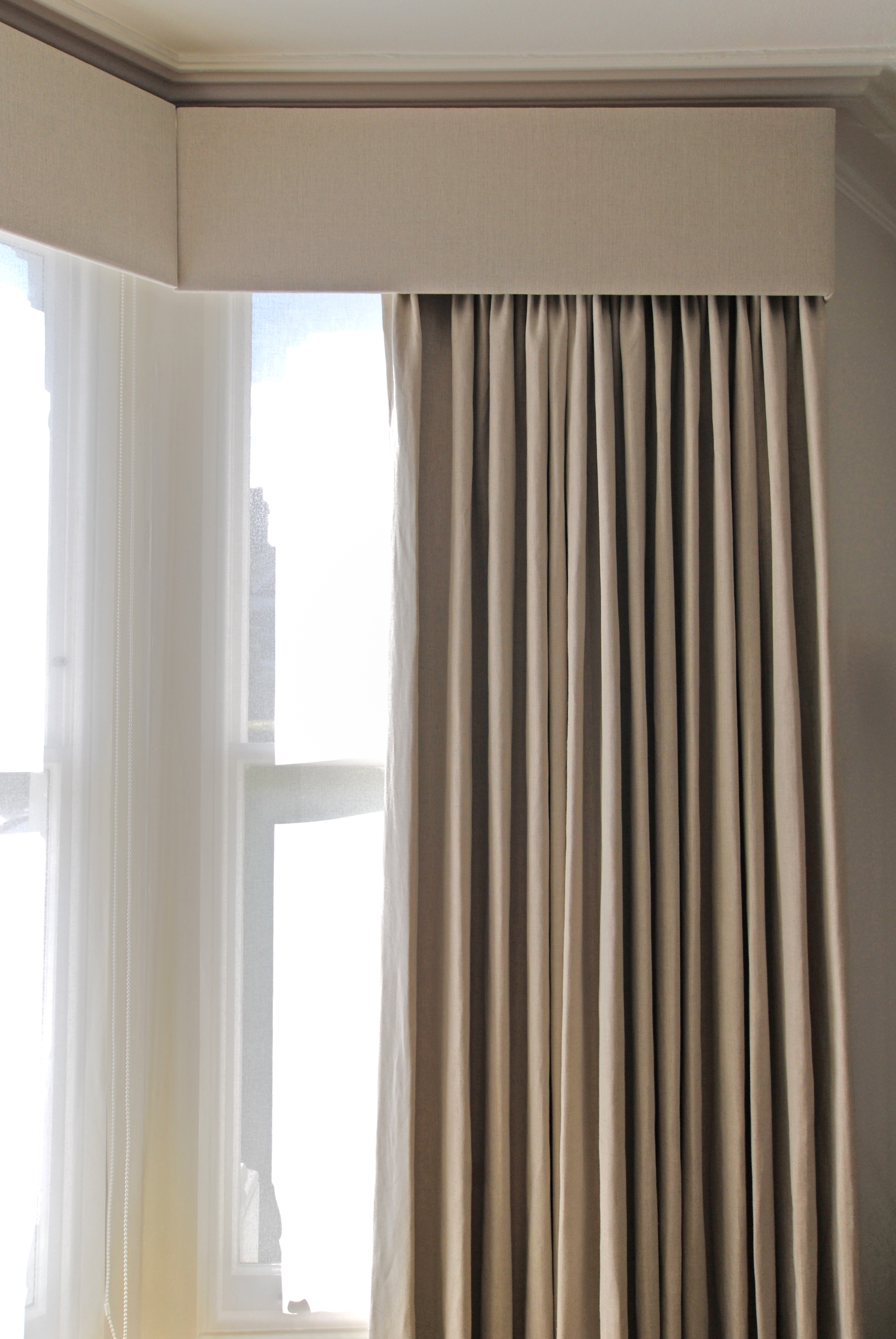 15 Collection Of Blackout Curtains Bay Window