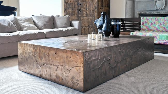 50+ Extra Large Rustic Coffee Tables