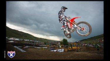 Hahn flying at Thunder Valley (Racerx-Cudby photo)