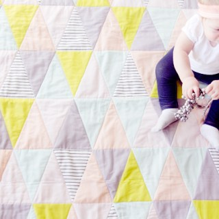 One Hour Triangle Quilt Tutoriall by See Kate Sew - Sewtorial