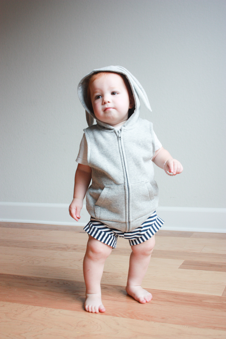 Who wants to wear a boring hoodie, when you can create your favorite animal in this fun animal hood DIY by One Little Minute? -Sewtorial