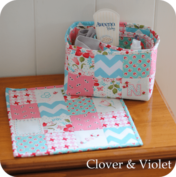 The bedside trio tutorial by Clover & Violet features a mini quilt and a large and small basket to store bedtime essentials. -Sewtorial