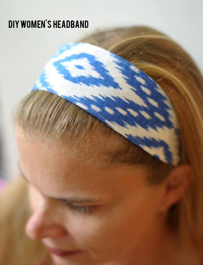 Use this DIY Women's Headband by Alice & Lois to keep hair pulled back neatly. Make a ton of them in your favorite colors and patterns. -Sewtorial