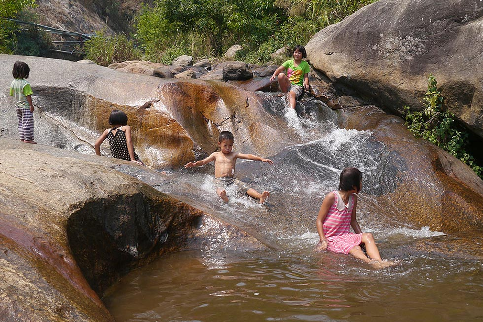 Mo Paeng Waterfall in Pai