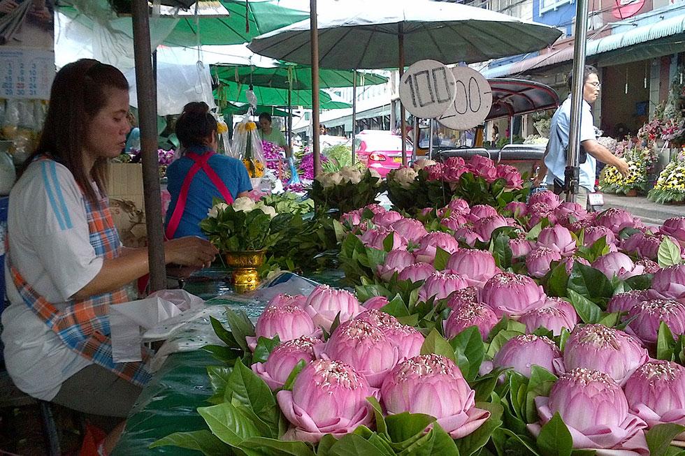 Bangkok's flower market