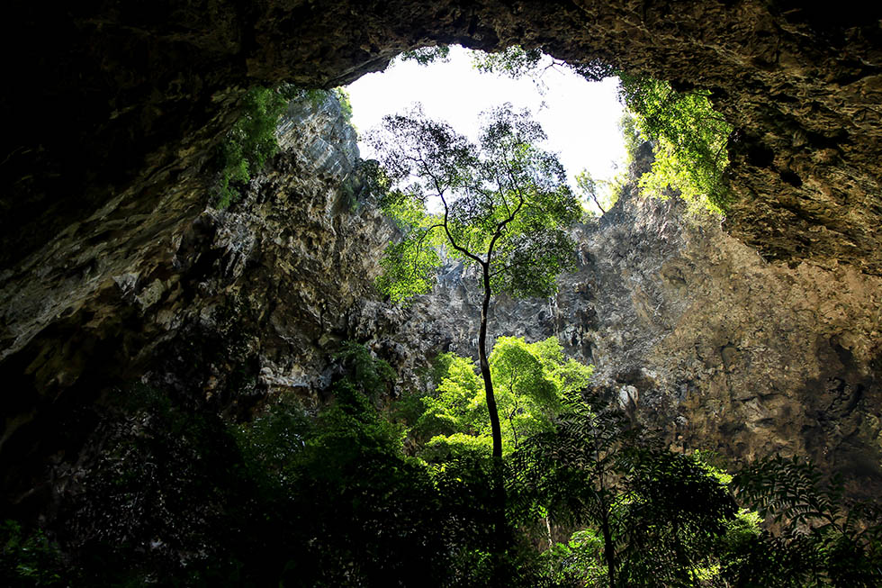 Sunlight is pouring in the Phraya Nakhon Cave