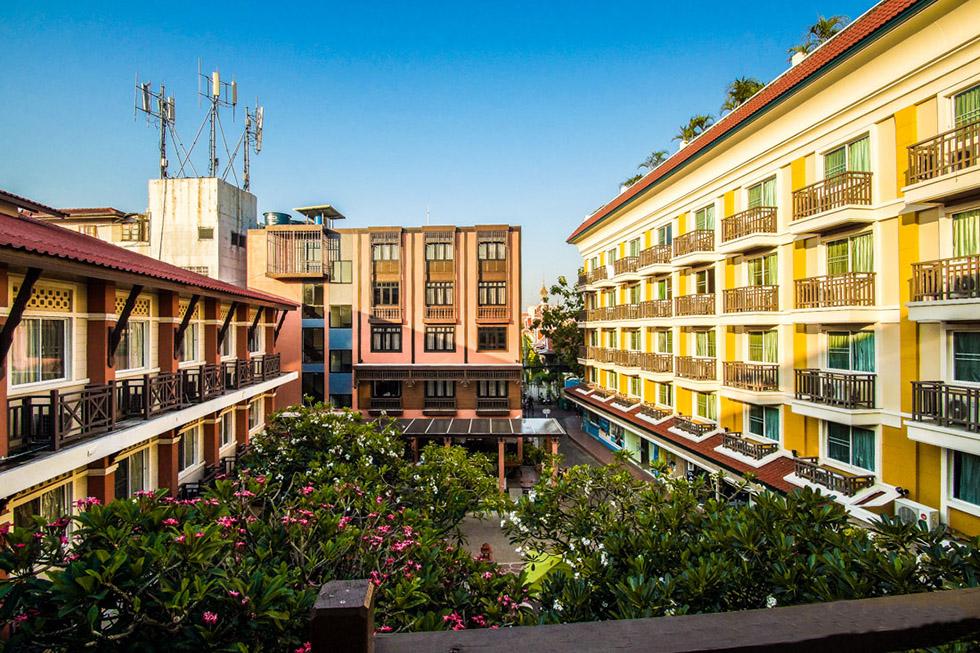 Rambuttri Village Hotel in Bangkok