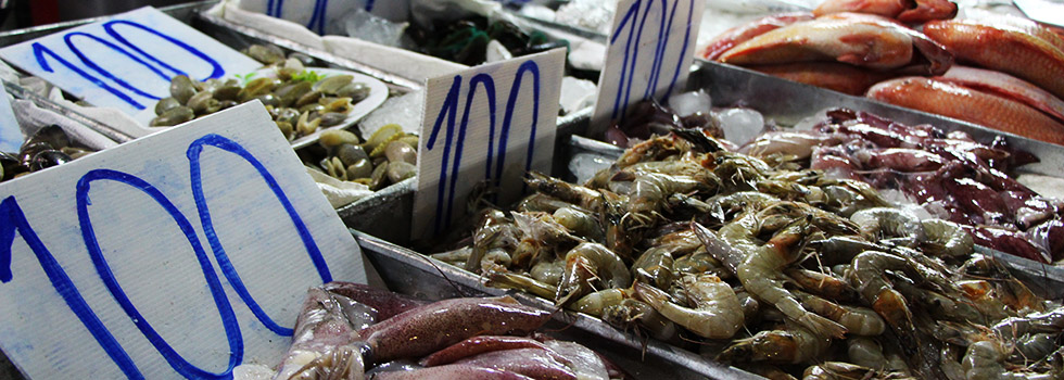 Island Hopping Thailand - Delicious seafood on the Krabi Night Market