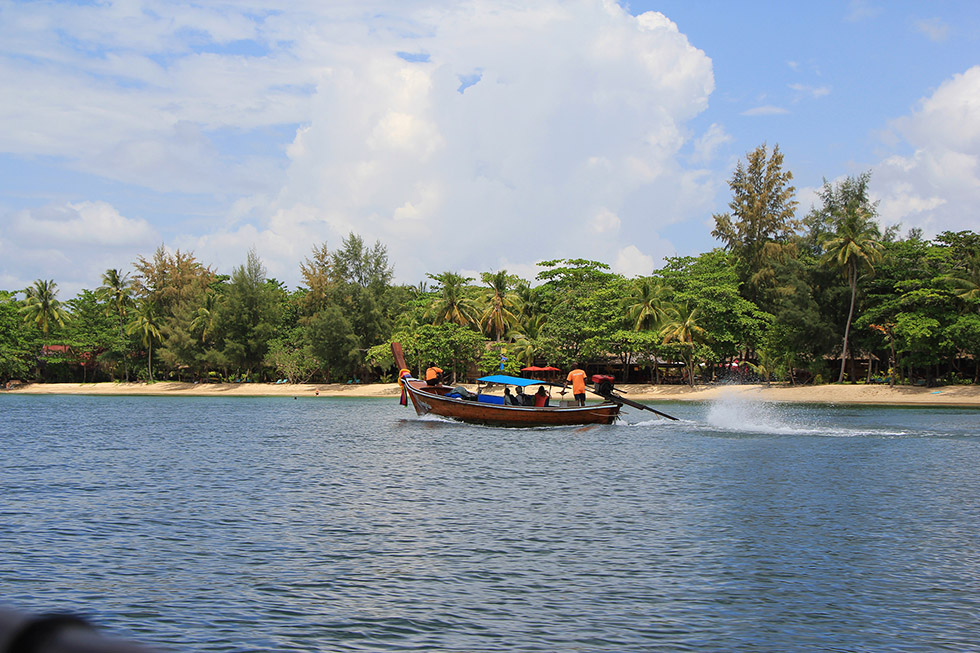 Transport to Koh Jum