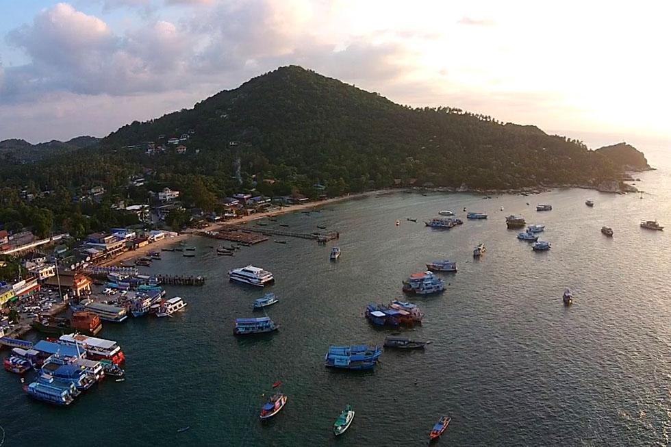 Mae Haad Bay in Koh Tao