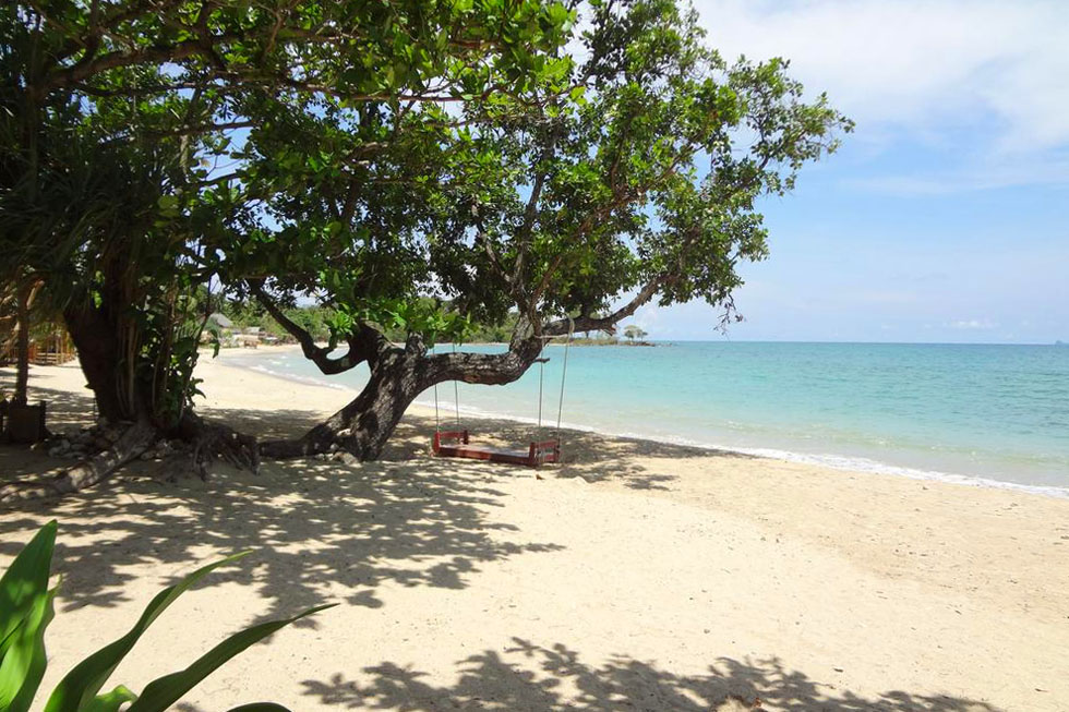 Relax Beach Resort in Koh Lanta Beach