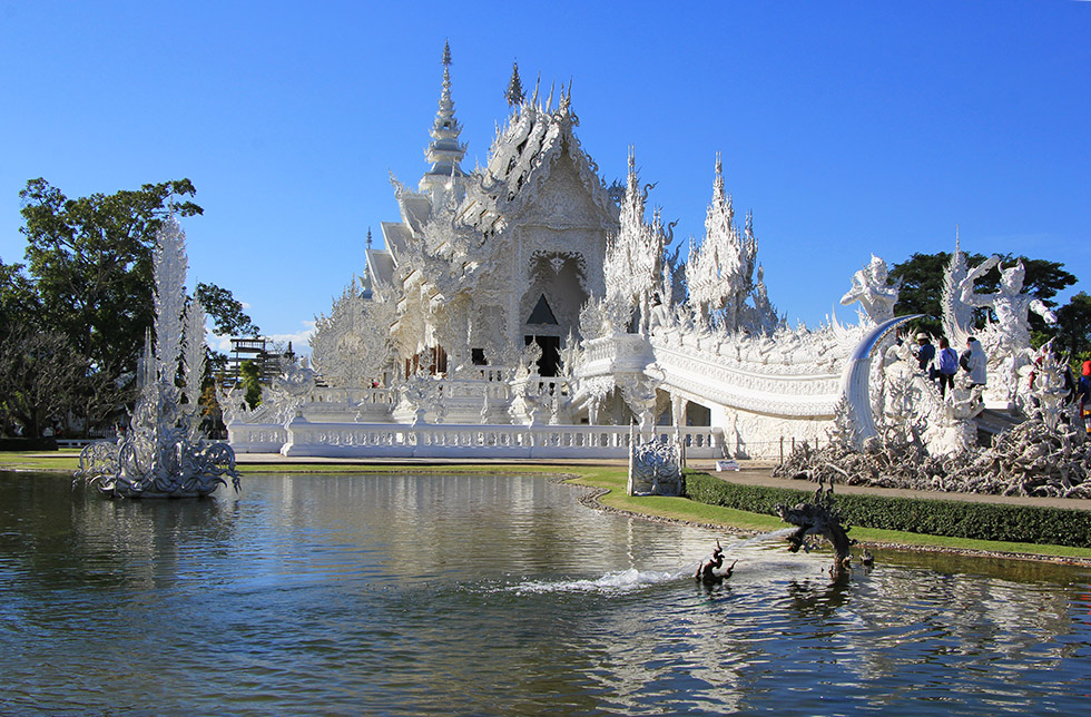 The beautiful Wat Rong Khun in Chiang Rai
