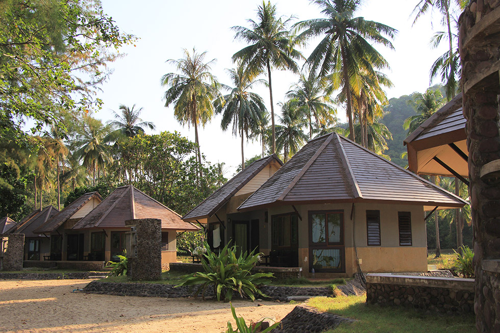 Government bungalows in Ao Molae, Koh Tarutao