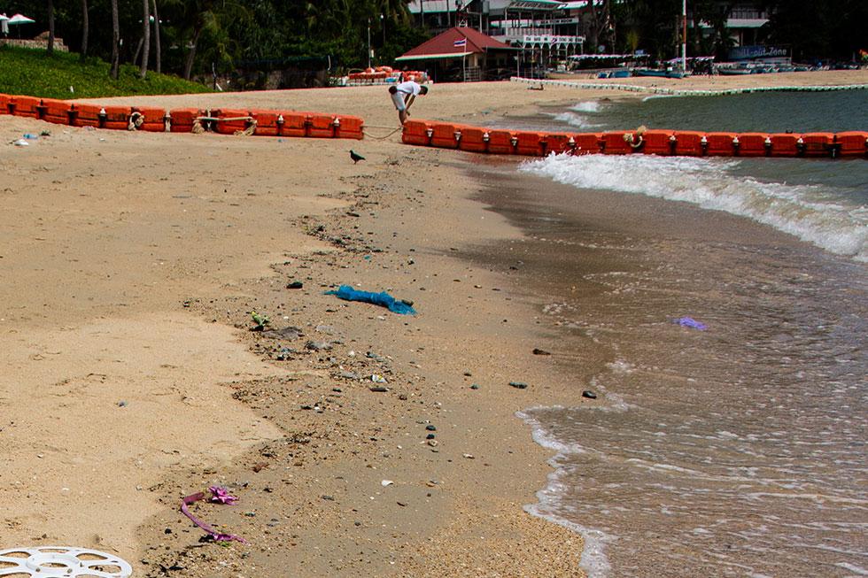 Trash at Wongamat Beach in Pattaya