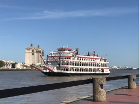 Savannah Queen