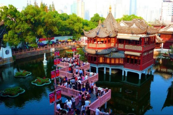 Best of Shanghai Day Tour: Yu Yuan Gardens and the Shanghai Museum