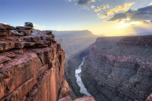 2-Day Las Vegas with Grand Canyon West Rim Air Tour from Los Angeles