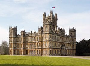 Downton Abbey Day Trip from London: Oxford - Bampton - Highclere Castle