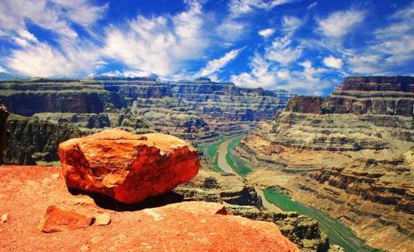 3-Day Las Vegas Tour from LA or LV: Grand Canyon West / Grand Canyon South / Antelope Canyon / Las Vegas Free Day