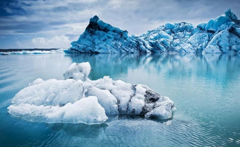 2-Day Iceland South Coast and Glacier Lagoon Tour with Glacier Hike