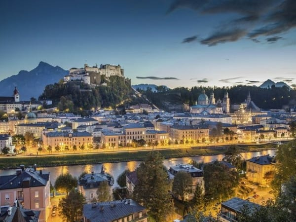 12-Day Western, Central and Eastern Europe Tour with Airport Shuttle Service