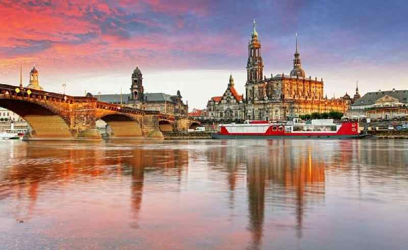 10-Day Central Europe Tour with Indian Food: Berlin to Zurich