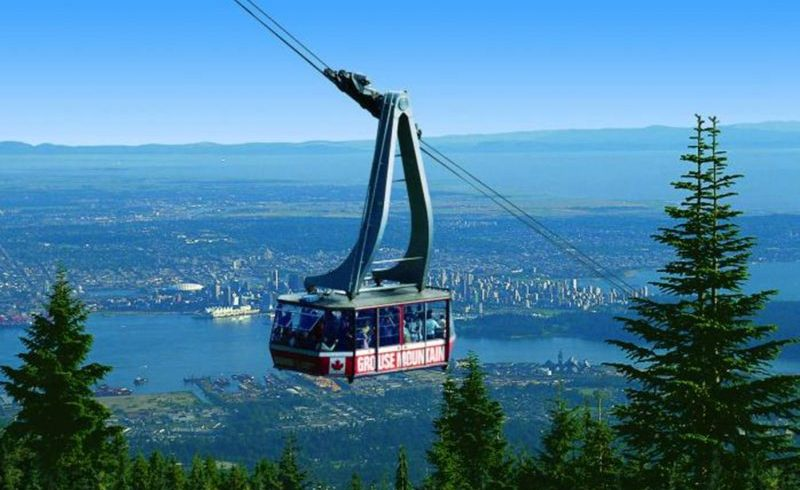 Grouse Mountain and Capilano Suspension Bridge Tour