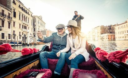 Private Venice Gondola Ride with Hotel Pick-up