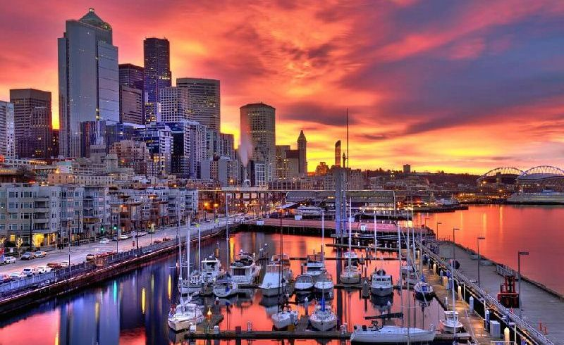 3-Day Seattle Tour: Seattle City Tour, Snoqualmie Falls, and Leavenworth
