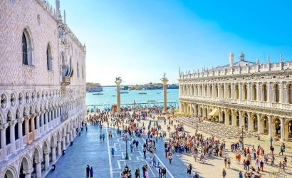 Best of Venice Walking Tour with St. Mark's Basilica and Doge's Palace